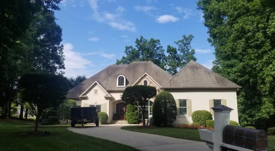 3-tab shingle roof before replacement
